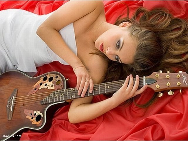 Naked girl guitar calendar